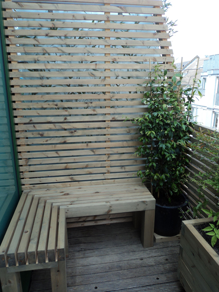 Softwood slatted bench and screen back