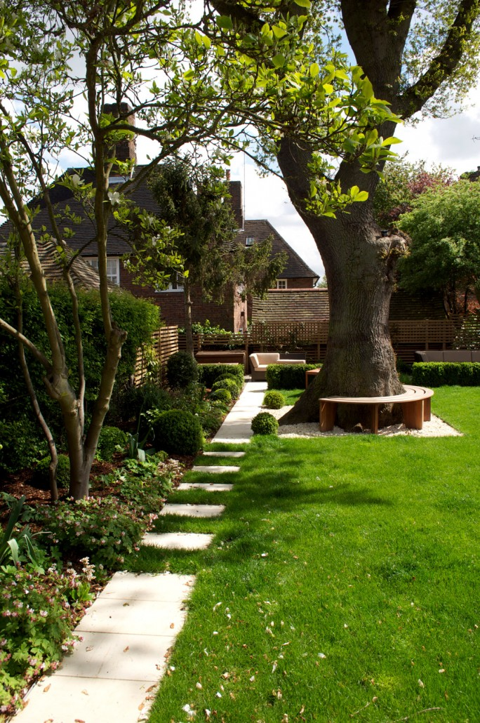 Garden landscaping in hampstead london nw11 a for Medium back garden designs