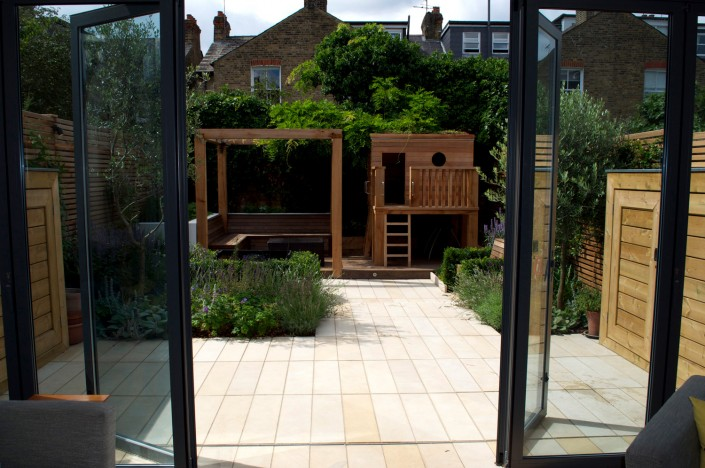 Priory Road APL award winning garden 2014