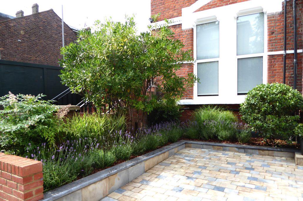 Landscaping for medium-sized gardens, designed and built ... on Medium Sized Backyard Ideas id=36134